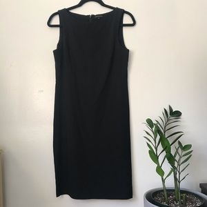Black Theory Shift Dress in Wool